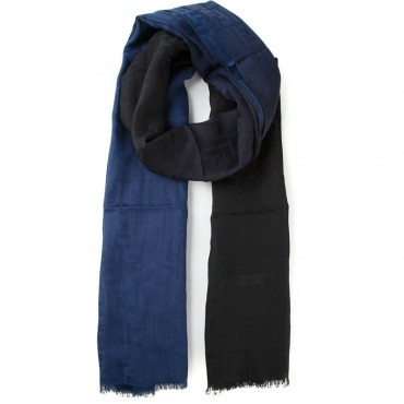 FENDI  Sciarpa logo FF in misto seta lana in sfumatura blu nero FXS143Y5A