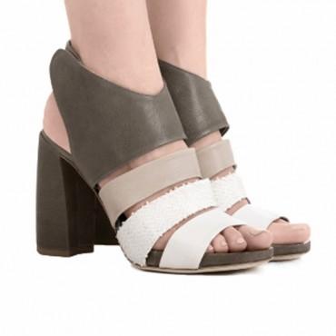 Ixos sandalo