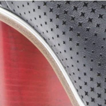 Halmanera tronchetto spuntato in pelle nero su taccon in contrasto rosso